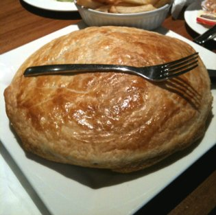 Mmm, pie (Photo by Tseen Khoo)