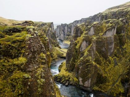 The chasm of intercultural communications research? [Photo by Jeff Sheldon | unsplash.com]